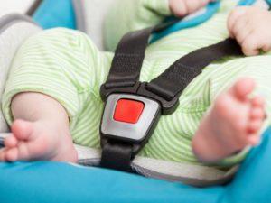 Bien installer le siège auto bébé