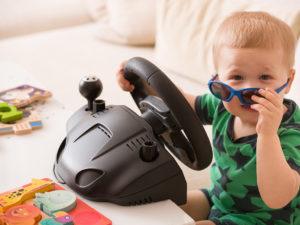 Départ en vacances : ne négligez pas la sécurité des enfants en voiture